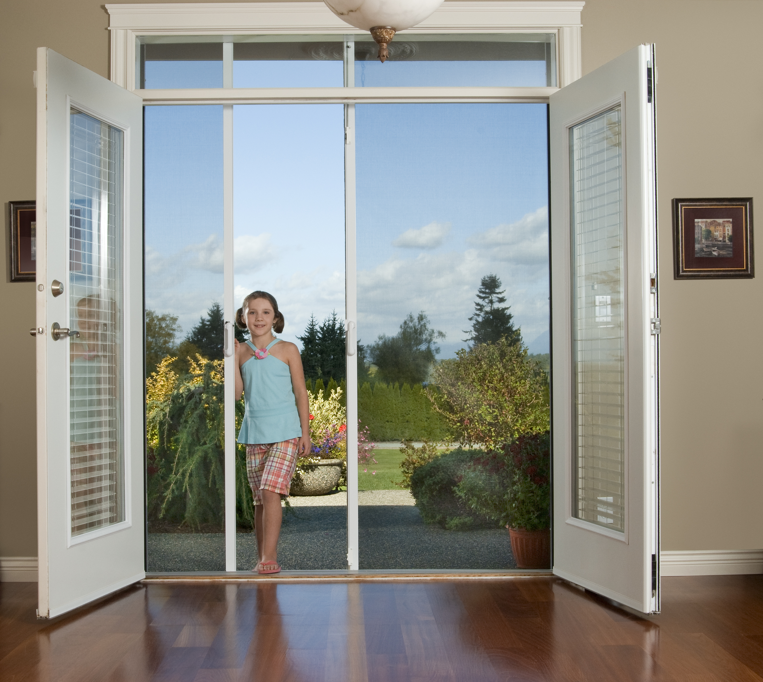 Retractable screen doors scotia screens for Phantom door screens prices